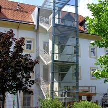 Schwanberg-Fluchtstiege mit Nirostanetz umhüllt